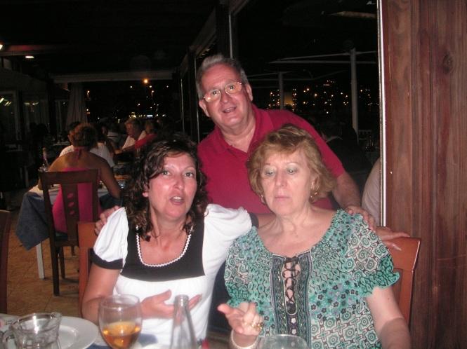 Antonio, Josefina y Yo