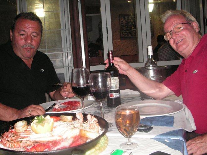 Jose , Antonio y la mariscada